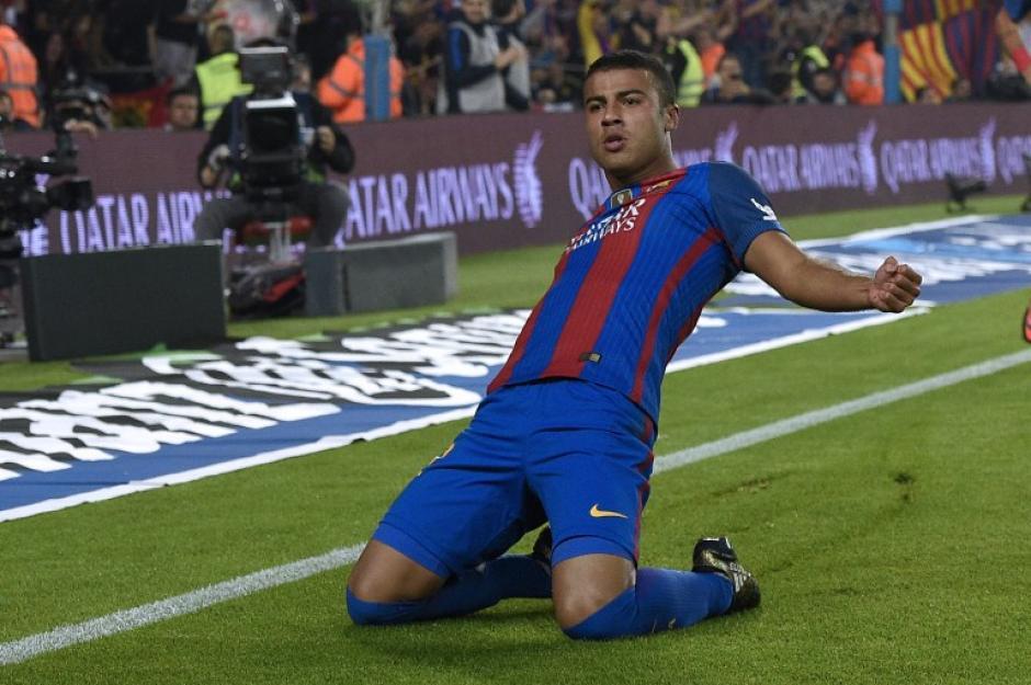 Rafinha celebra su gol, el único del encuentro. (Foto: AFP)