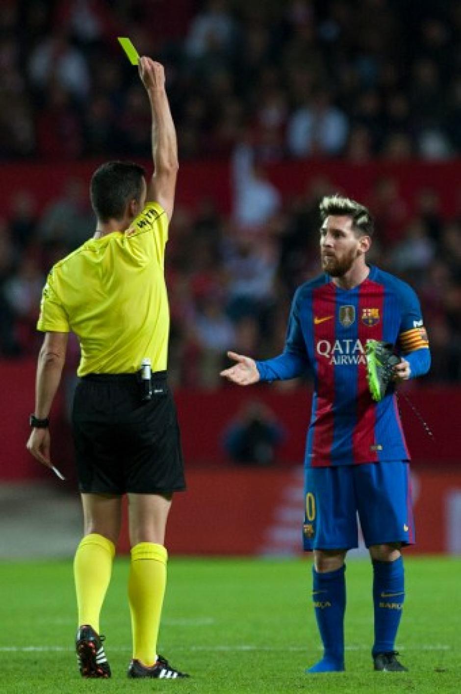 Messi fue sancionado por un mal entendido de parte del árbitro. (Foto: AFP)