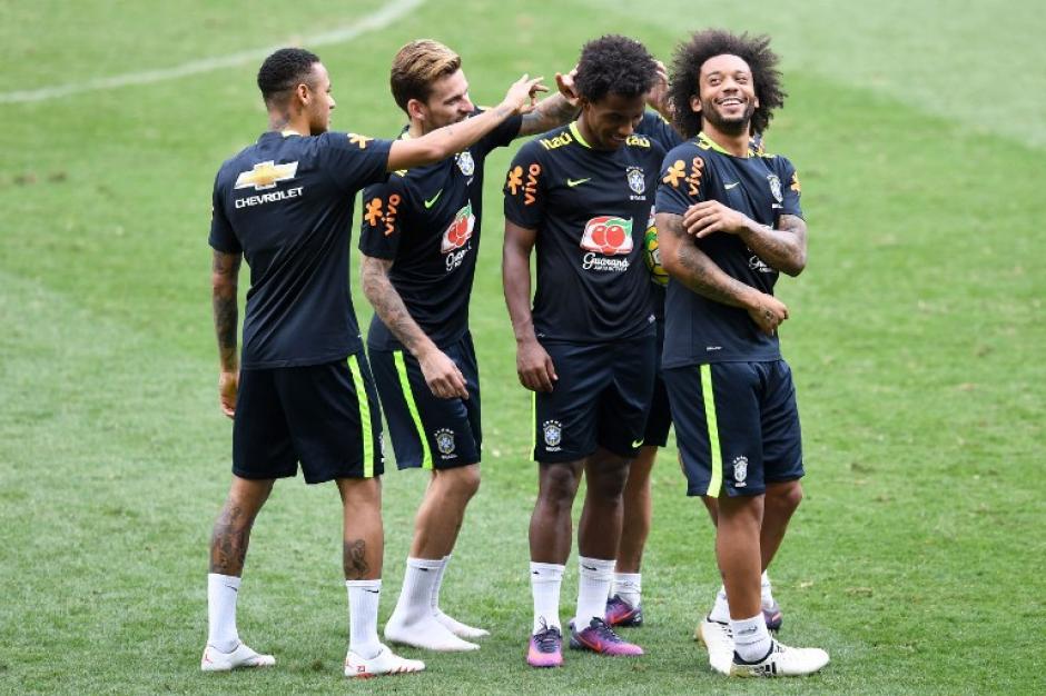 Brasil está jugando bien y va de líder. (Foto: AFP)