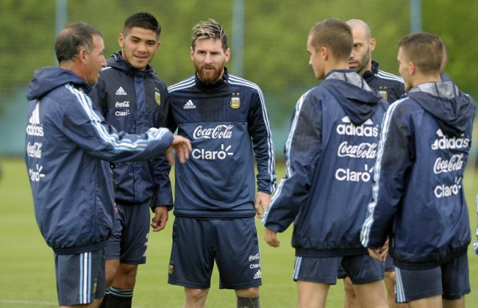¿Aparecerá Messi contra Colombia? (Foto: AFP)