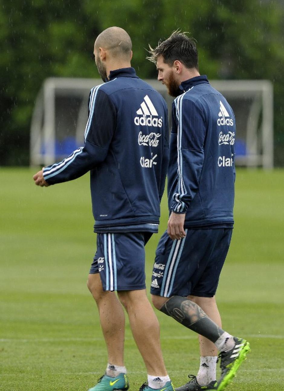 Argentina y Messi están en muchos problemas de cara al Mundial. (Foto: AFP)