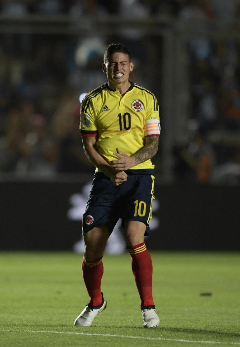 El colombiano perdió los papeles contra Argentina. (Foto: AFP)