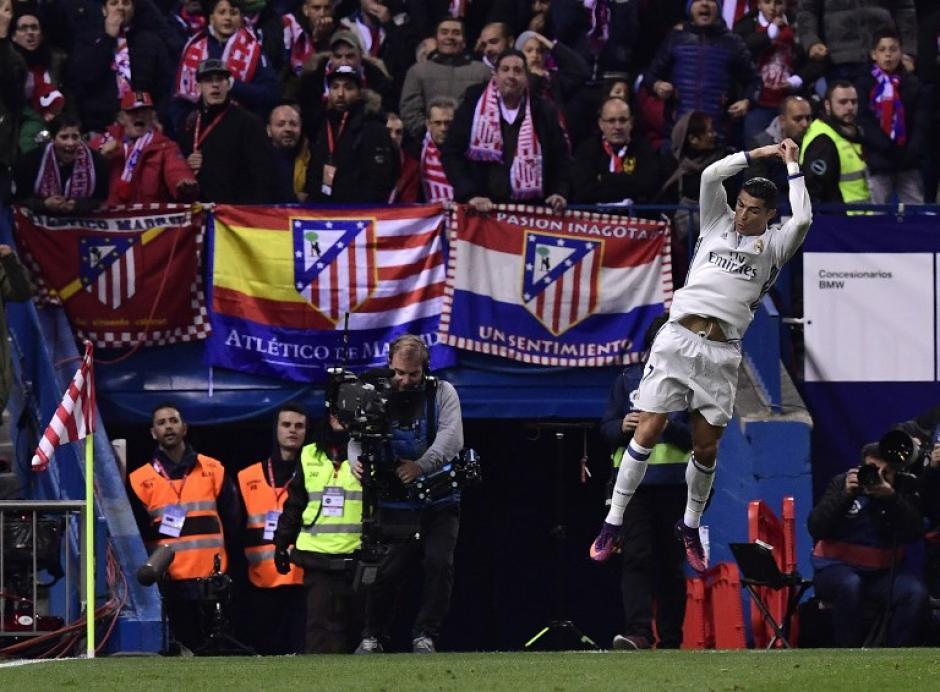Cristiano Ronaldo abre el marcador al minuto 22. (Foto: GERARD JULIEN/AFP)