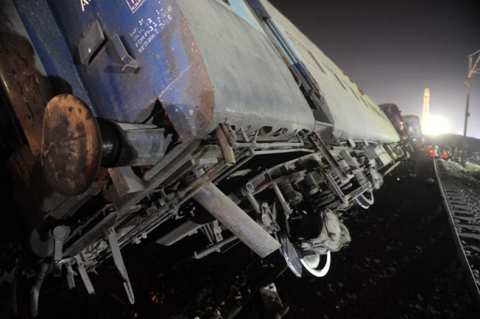Todos los vagones se salieron de la vía. (Foto: AFP)