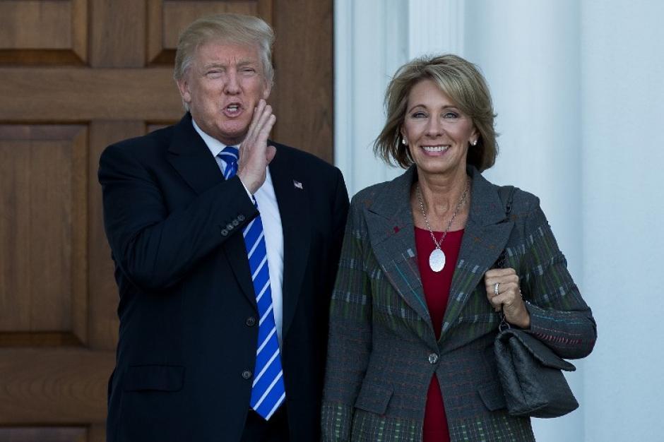 Trump dice que sus adversarios no aceptan los resultados del 8 de noviembre. (Foto: AFP)