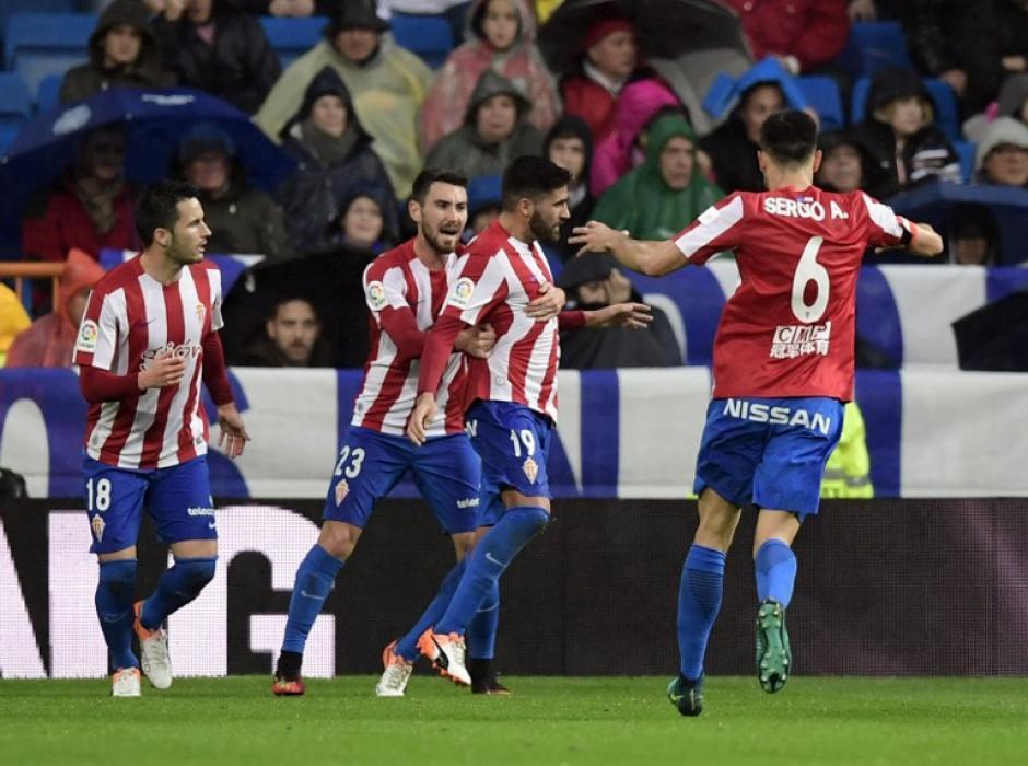 El Sporting dio pelea en el Santiago Bernabéu. (Foto: AFP)