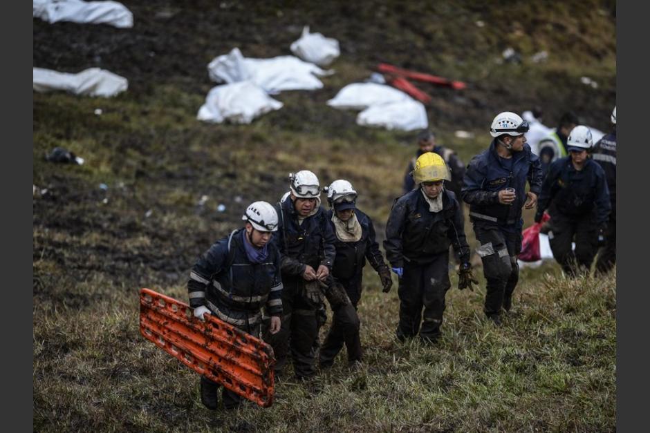Los rescatistas recibieron ayuda de un niño de diez años. (Foto: AFP)
