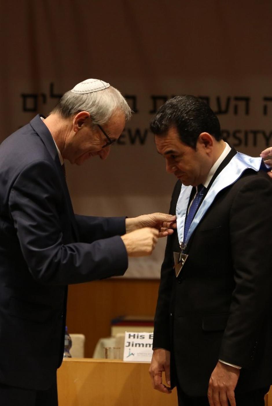 La Universidad Hebrea de Jerusalén le entregó el reconocimiento. (Foto: AFP)
