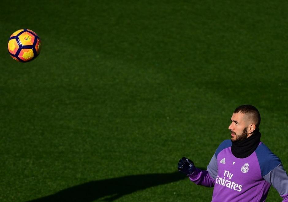 Karim Benzema pinta para titular. (Foto: AFP)