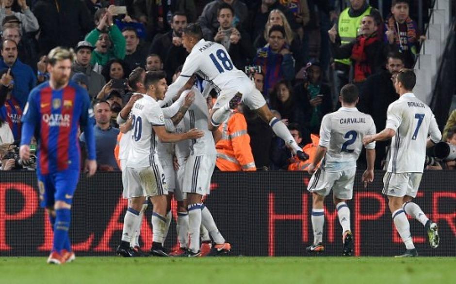 Los madridistas tuvieron que esperar hasta el minuto 90 para rescatar el empate. (Foto: AFP)