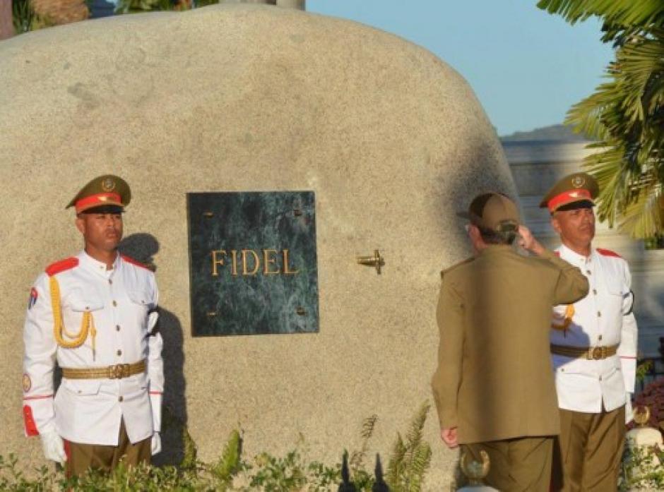 Las cenizas de Fidel Castro fueron inhumadas en una estructura ovoide. (Foto: AFP)