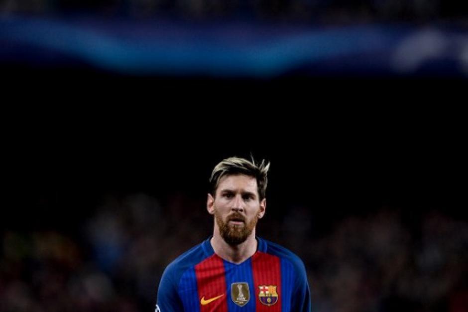 Messi por momentos lució solitario como alejado del mundo.  (Foto: AFP)