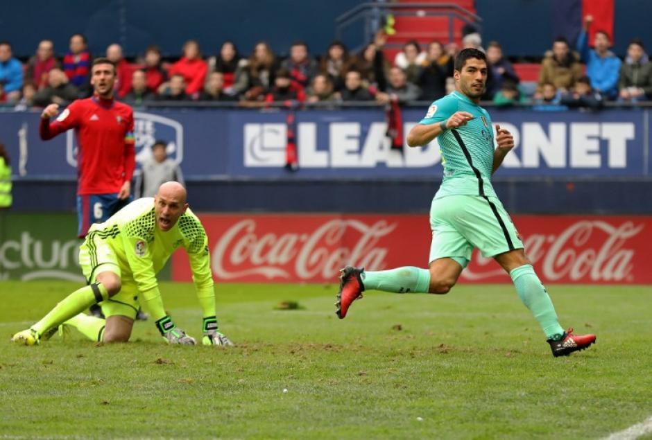 Luis Suárez abrió el marcador para los catalanes. (Foto: AFP)