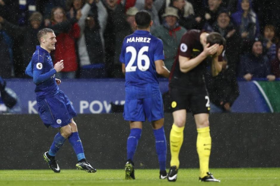 El Leicester City ya ganaba 2-0 al minuto 5'. (Foto: AFP)