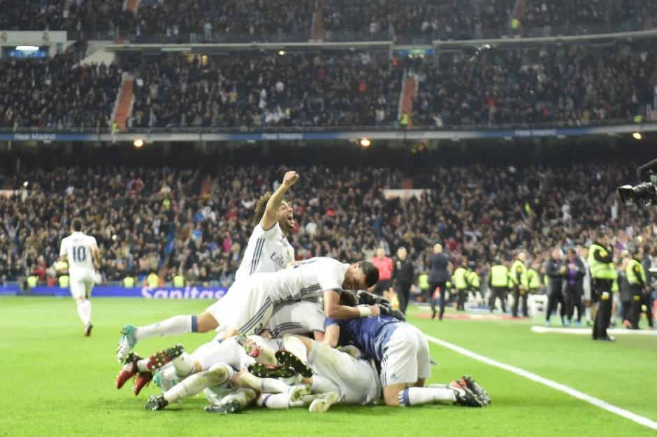 Gran imagen de cómo se celebró en el Bernabéu. (Foto: AFP)