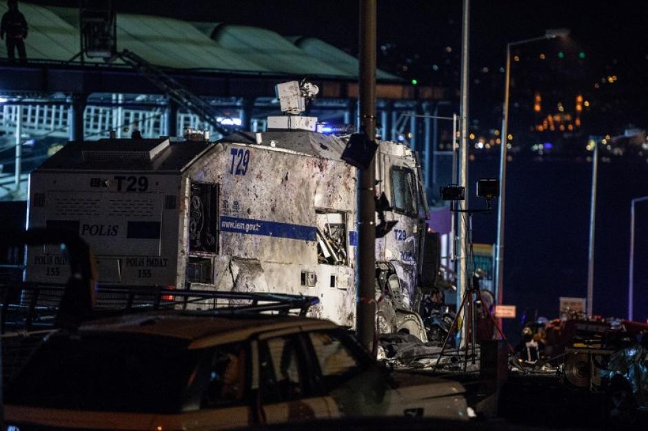Las explosiones se dieron en las inmediaciones del estadio del Besitkas. (Foto: AFP)