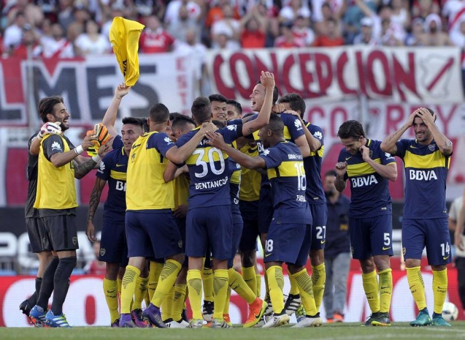 Boca sigue arriba, peleando el liderato. (Foto: AFP)