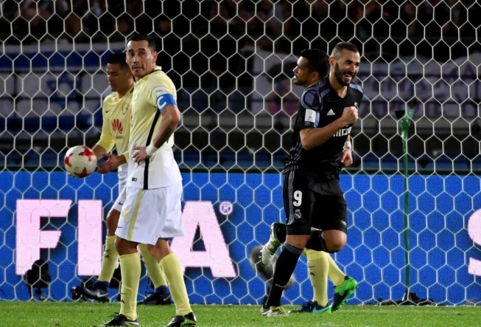 Benzema celebra el gol con el que el Real Madrid logra avanzar a la final. (Foto: AFP)