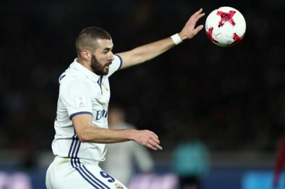 Karim Benzema abrió el marcador para el Real Madrid. (Foto: Behrouz MEHRI/AFP)