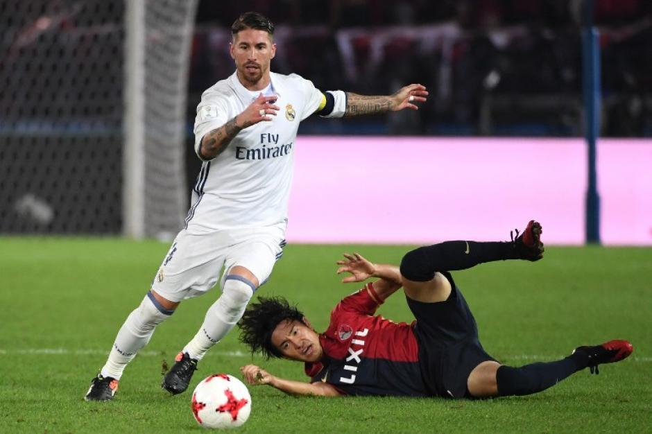 Sergio Ramos se salvó de una roja cuando parecía que se iba a la calle. (Foto: AFP)