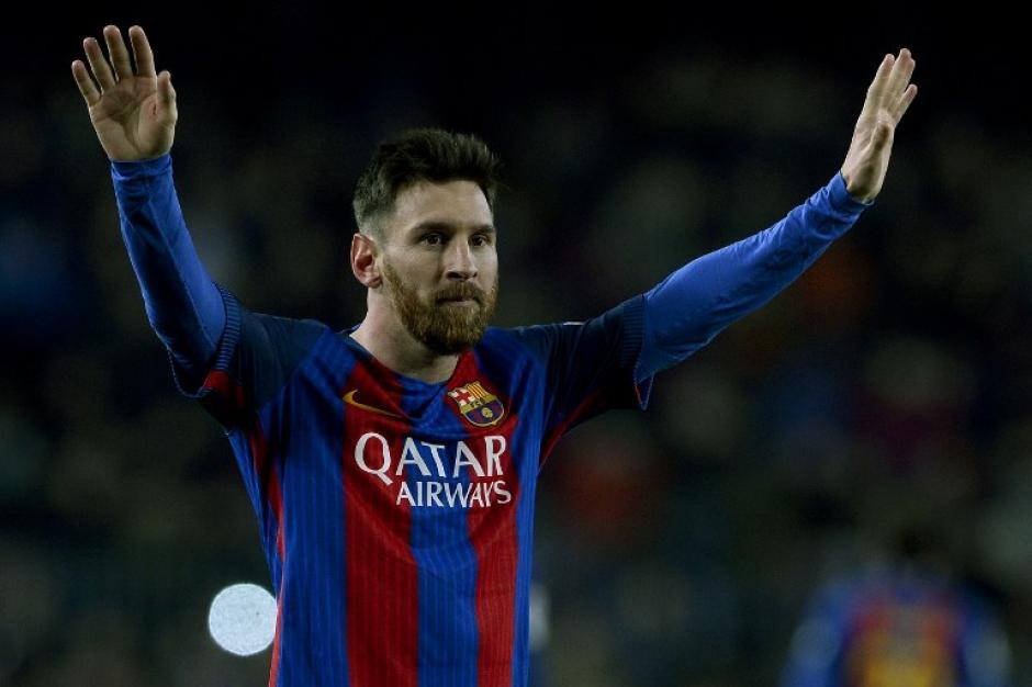 Messi dio clases de fútbol antes de irse de vacaciones. (Foto: AFP)