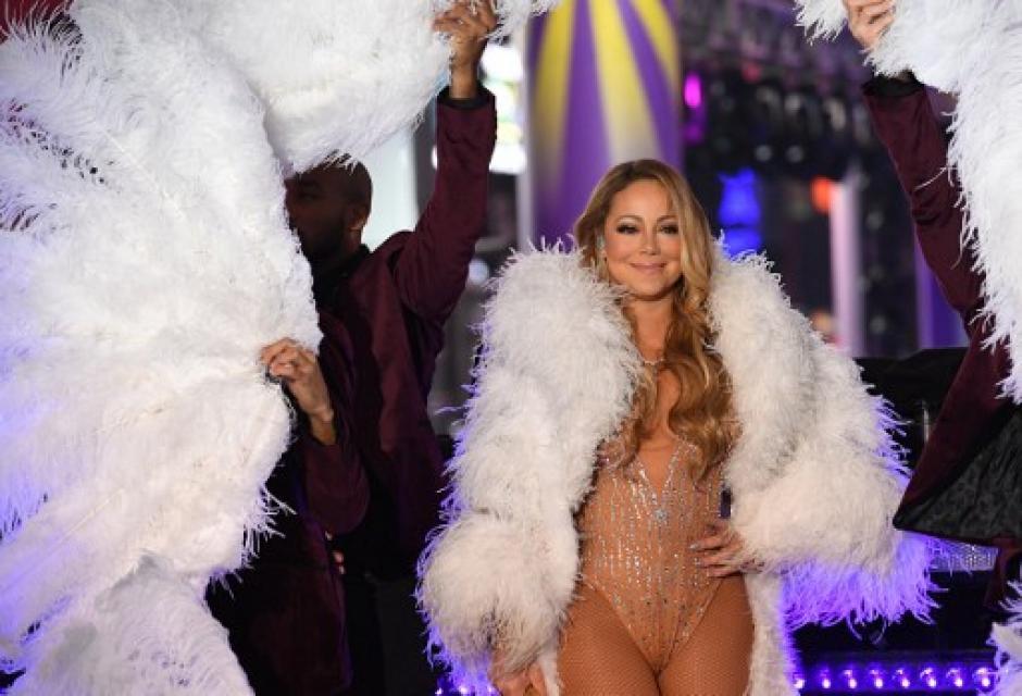 La cantante tuvo que pronunciarse en redes tras la desafortunada presentación. (Foto: AFP)
