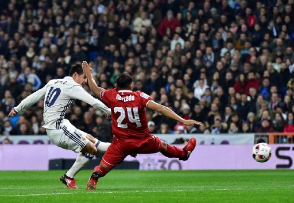 Rodriguez abiró el marcador para la goleada del Real Madrid. (Foto: AFP)