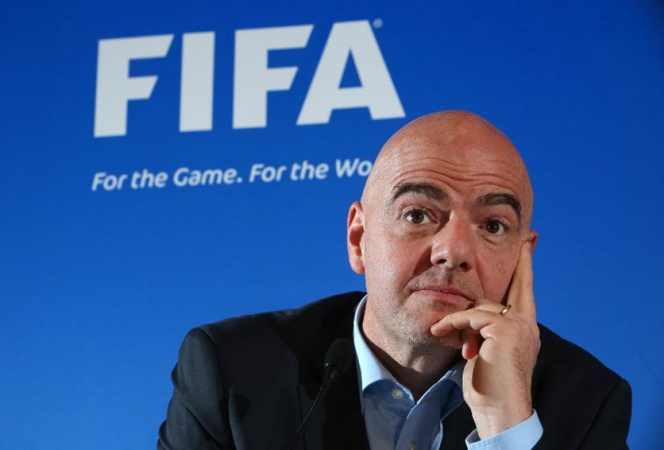 Ginanni Infantino, presidente de la FIFA espera convencer a los dirigentes de esta idea. (Foto: AFP)