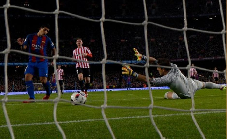 Neymar marcó de penalti. (Foto: AFP)