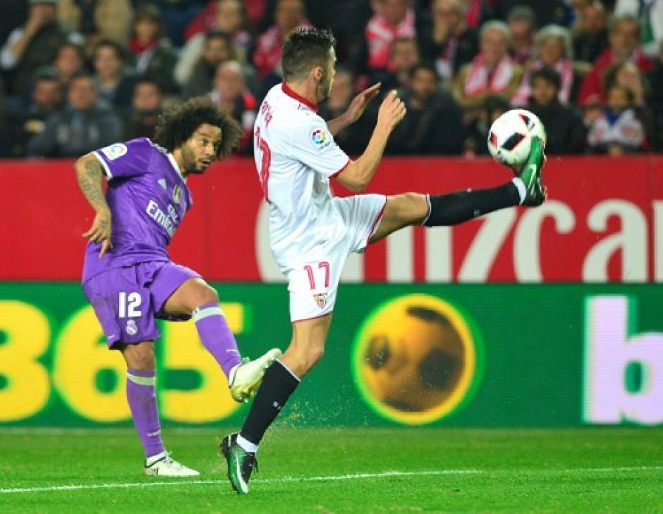 Real Madrid enfrentó al Sevilla con equipo alterno. (Foto: AFP)