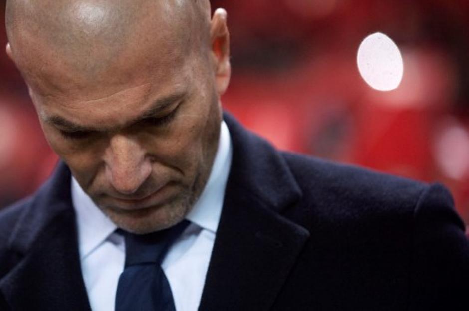 Zinedine Zidane no pudo ocultar su desconsuelo. (Foto: AFP)