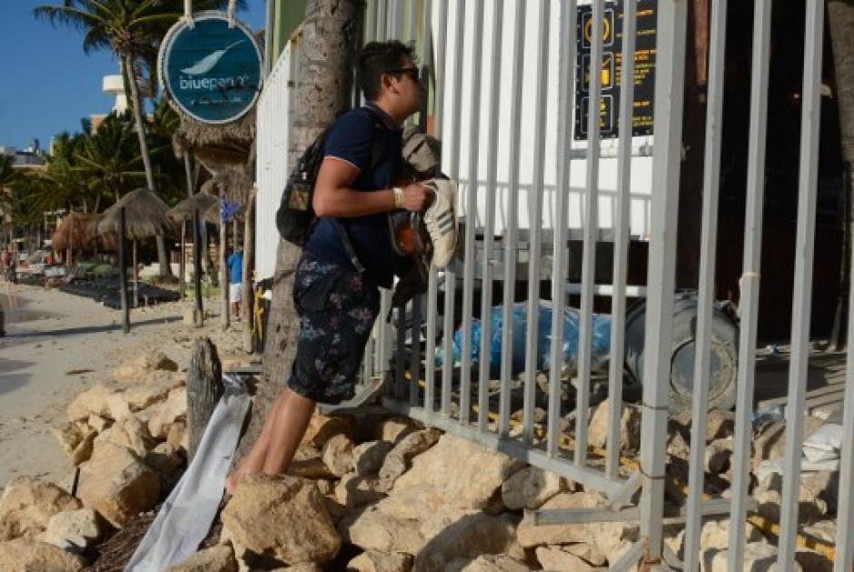 El ataque está relacionado al narcotráfico y no a un pleito entre particulares. (Foto: AFP)