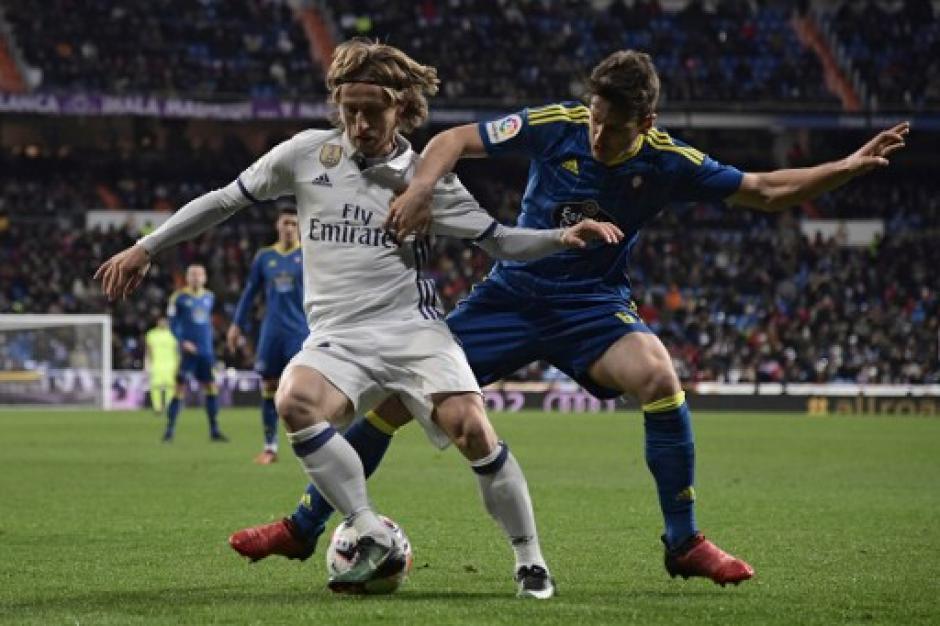 Modric estuvo lejos de ser el gran conductor de Real Madrid.  (Foto: AFP)