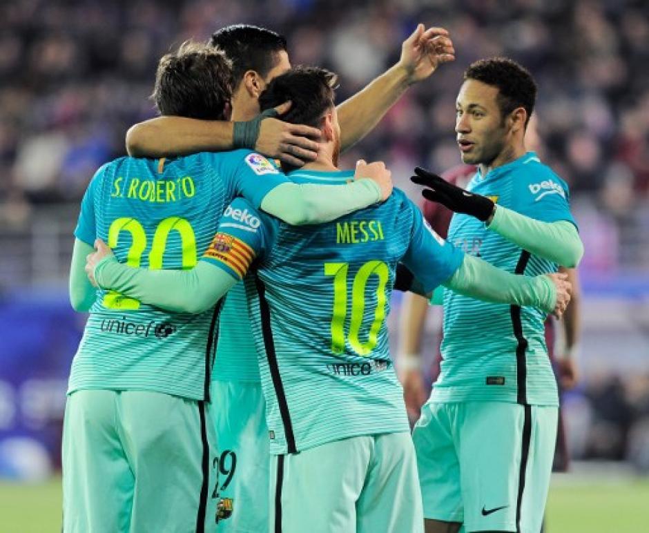 Luis Suárez anotó el tercero del juego ante el Eibar. (Foto: AFP)