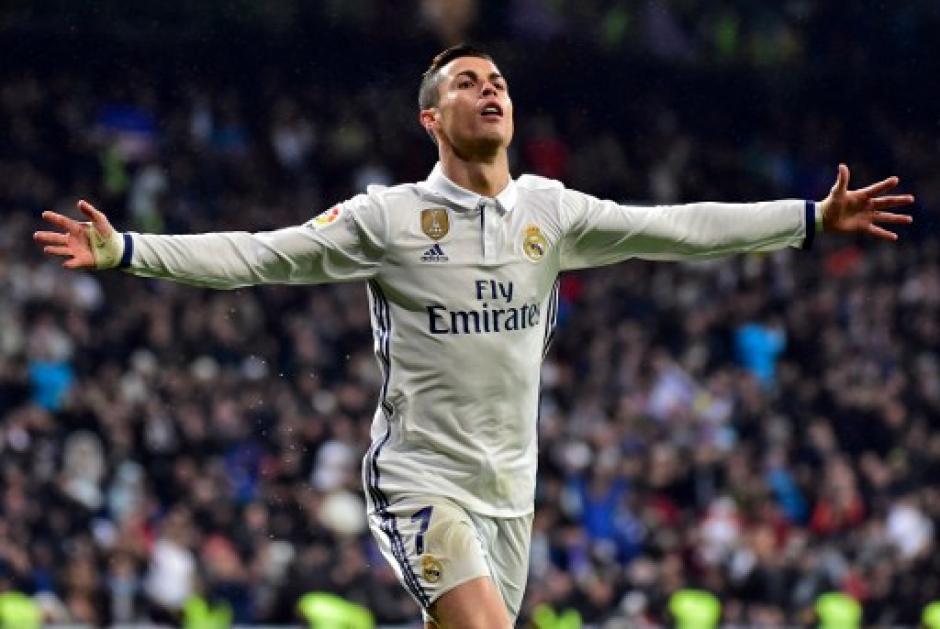 Cristiano Ronaldo anotó el segundo del Madrid tras un pase de Kovacic. (Foto: AFP)