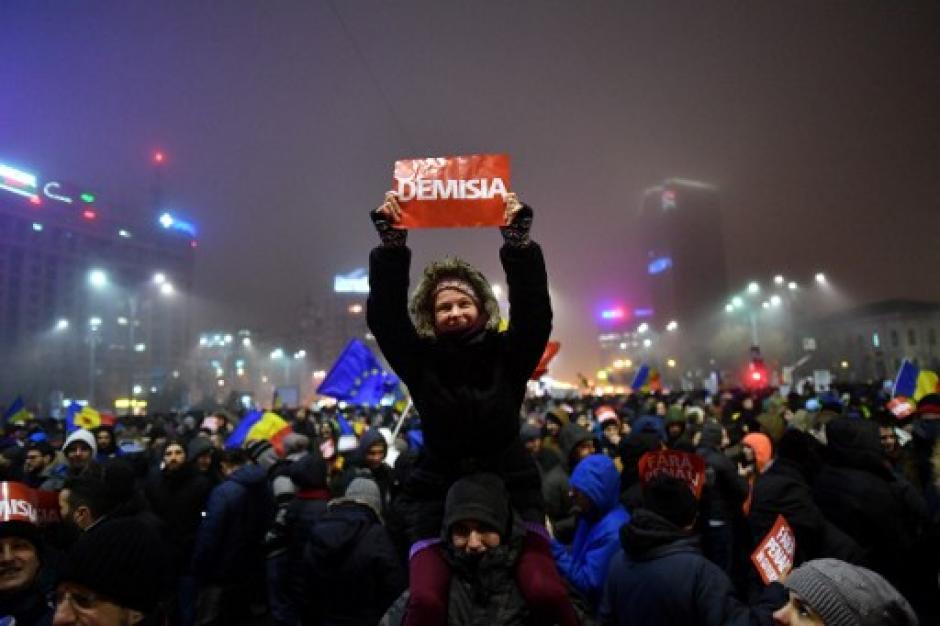 Las redes sociales han sido fundamentales para las convocatorias a manifestar. (Foto: AFP)
