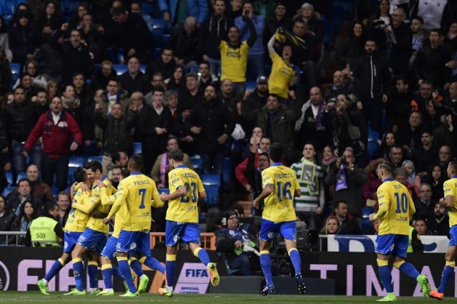 Con un buen planteamiento y varios errores de los blancos, Las Palmas se llevaron el triunfo. (Foto: AFP)