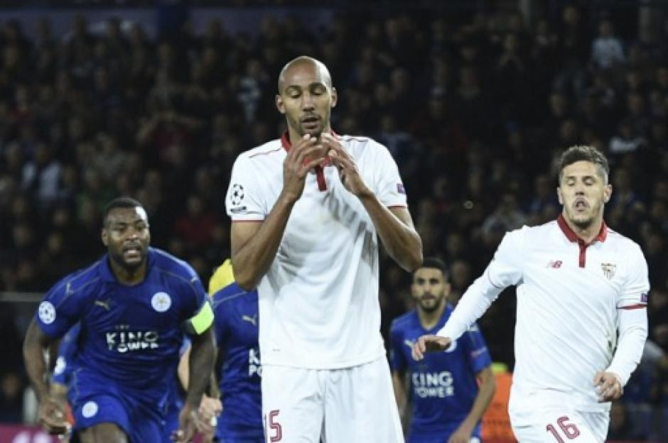 N`zonzi falló el penalti para el Sevilla. (Foto: AFP)