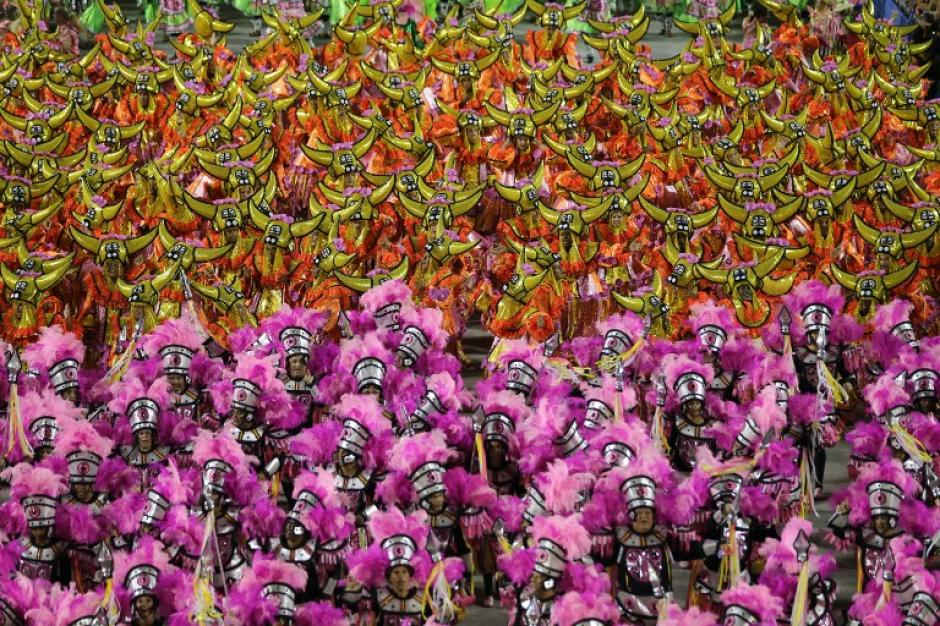 Brasil se encuentra actualmente en temporada de Carnaval, algo que genera aún más atracción para los turistas que quieren viajar a dicho país durante el Mundial. (Foto: AFP)