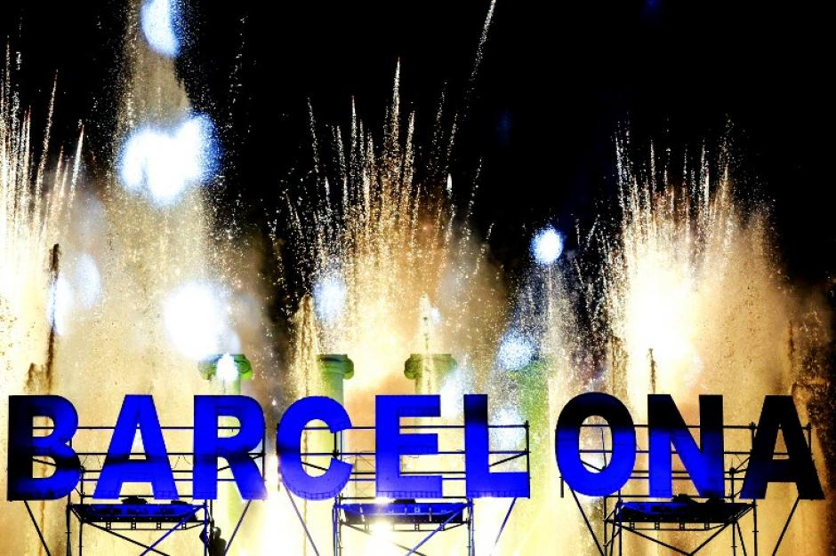 España celebró el año nuevo en un ambiente de fiesta y solemnidad. (Foto: AFP)