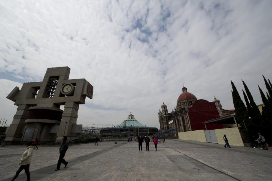 Las estructuras son visibles en el área desde hace unos días.(Foto: AFP)