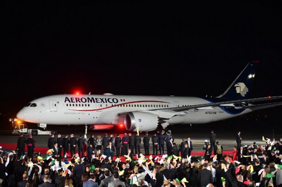Este es el avión que transportó a Francisco hacia el Vaticano. (Foto: AFP)