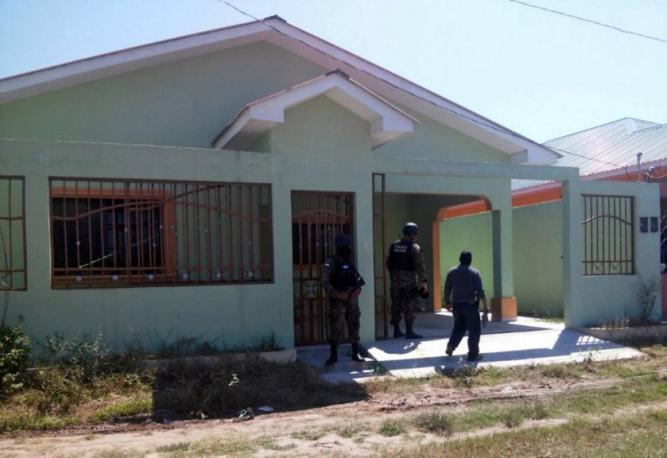 Una decena de viviendas también son parte de lo incautado. (Foto: AFP/ATIC)