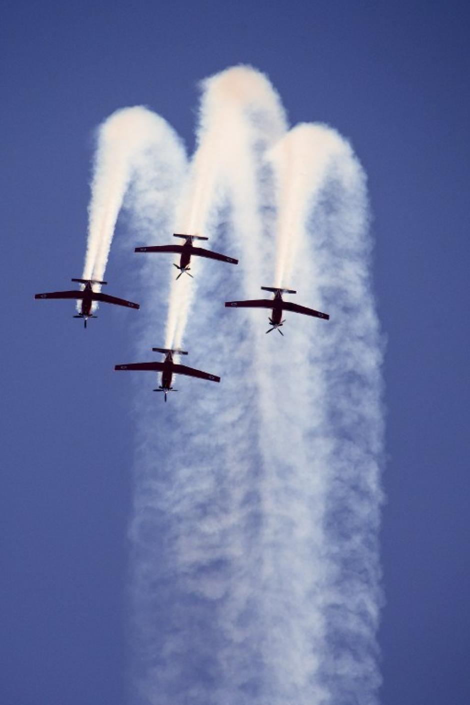 También se festejaron los 100 años de la aviación en la patria judía, el primer avión aterrizó en Jaffa en 1913.