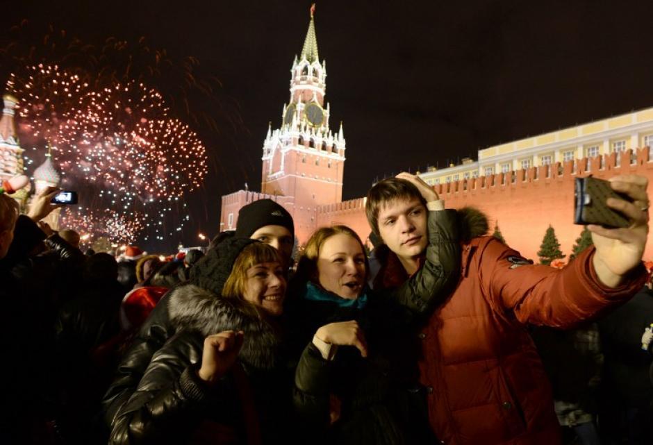La Plaza Roja y el Kremlin son los lugares escogidos por los rusos para celebrar la llegada del 2014. Foto AFP