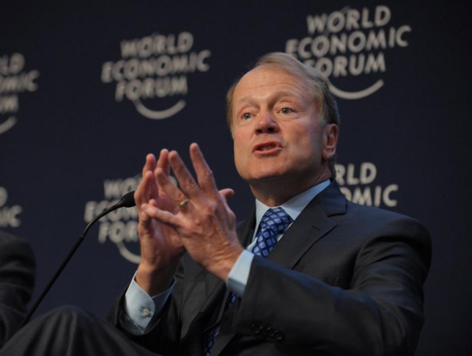 John T. Chambers el presidente de la Junta Directiva de CISCO, fue otro integrante del panel sobre el contexto digital. Foto AFP