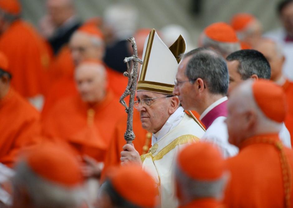 Durante la ceremonia en la Basílica de San Pedro, el papa Francisco ordenó a 19 nuevos cardenales. (Foto: AFP)