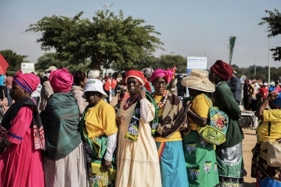 La celebración del Día del Trabajo en Sudáfrica se celebró en el estadio Peter Mokoba. (Foto:AFP)
