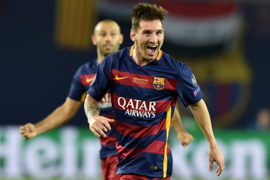 Lionel Messi anotó un doblete de tiro libre ante el Sevilla. (Foto: AFP)