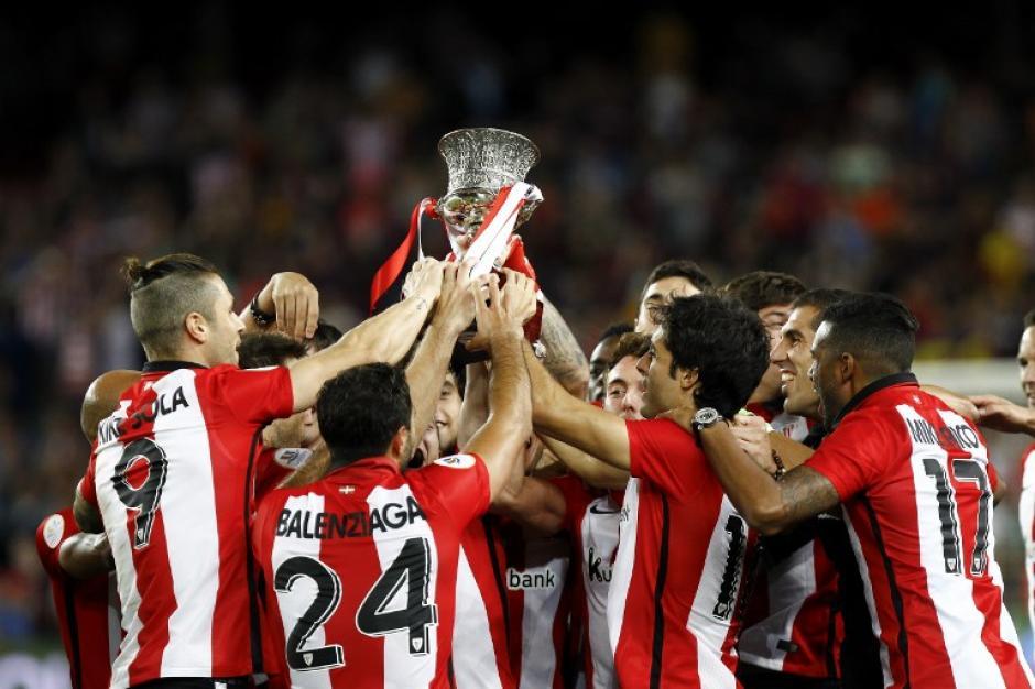 El Athletic derrotó al Barcelona en la Supercopa de España con un marcador global de 5-1. (Foto: AFP)